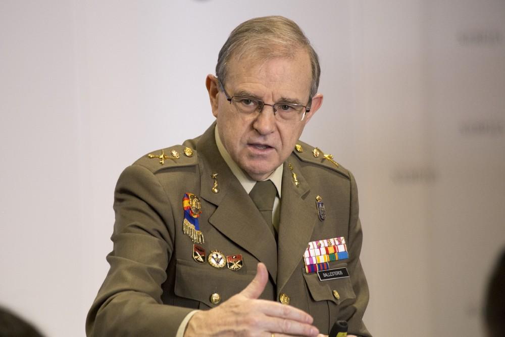 Resultado de imagen de director del Instituto Español de Estudios Estratégicos del Ministerio de Defensa, el general Miguel Ángel Ballesteros